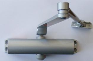 nsk-630-door-closer-for-doors-up-to-65-kg-installed